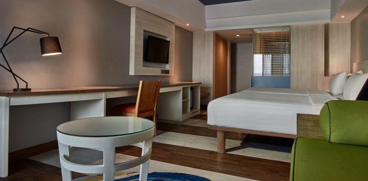 grand-deluxe-balcony-room-2